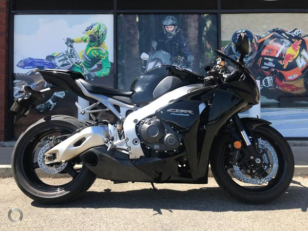 Super 2011 Honda Cbr1000Rr Fireblade Available At Coast Yamaha Gmtry Best Dining Table And Chair Ideas Images Gmtryco