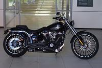 2017 Harley-Davidson Breakout (FXSB)