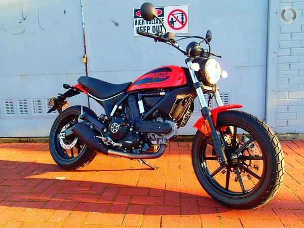 2016 Ducati Scrambler SIXTY2 available at Wayne Patterson Motorcycle